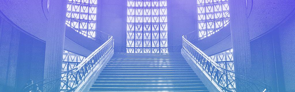 Le grand escalier du Palais d'Iena